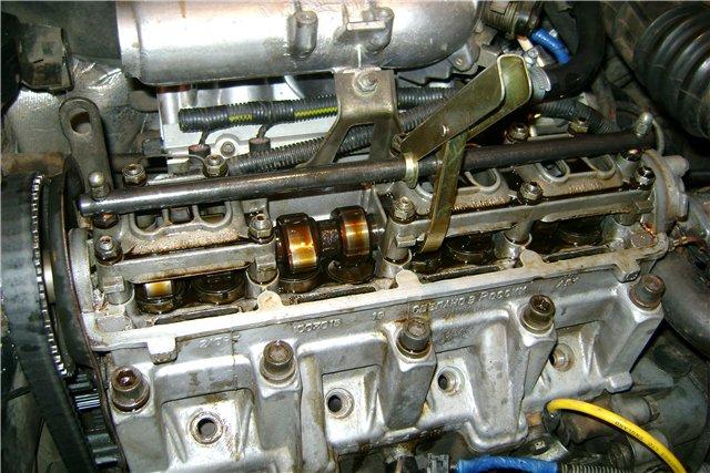 не ровно работает двигатель на холостых renault