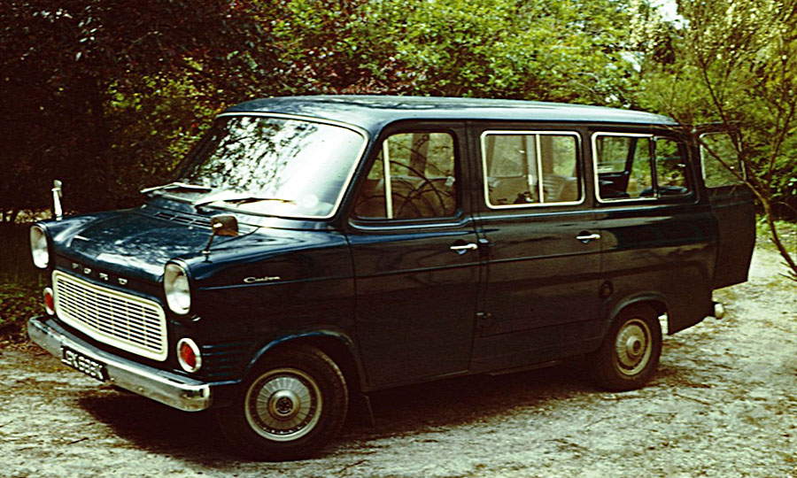 INT_FORD_TRANSIT_1